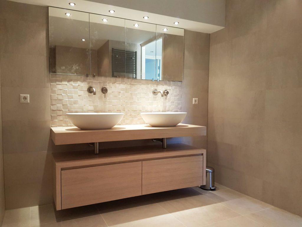 Badkamer Sanitair Maurik : Badkamer rick steentjes bleiswijk